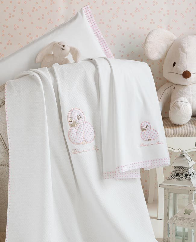 Bedpsread Miffy for baby cradle